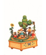 TEMPORARILY OUT OF STOCK - Unser kleiner Garten Music Box Original HUBRIG Wooden Figuren