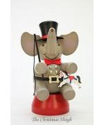 Elephant Ringmaster Christian Ulbricht
