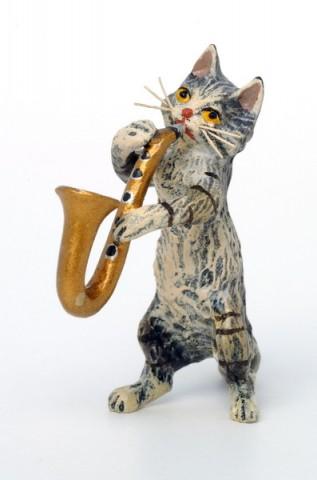 Vienna Bronze Saxophone Cat