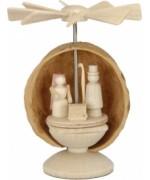 Walnut Shell Christi Geburt Pyramide