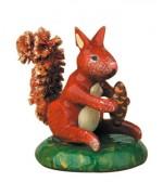 TEMPORARILY OUT OF STOCK - 'Eichhornchen' Original HUBRIG Wooden Figuren