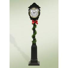 Byers Choice Street Clock
