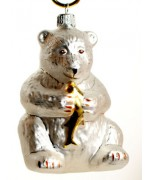 TEMPORARILY OUT OF STOCK <BR><BR> Mouth Blown Glass Ornament 'Polar Bear'