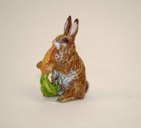 Easter Bunnies Vienna Bronze Rabbit Eating a Carrot Miniature