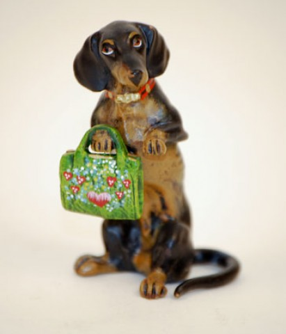 TEMPORARILY OUT OF STOCK - Vienna Bronze Dachshund with Purse