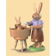 Mueller Easter Bunny Mama Rabbit and Baby Bath