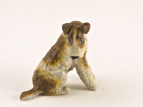 Vienna Bronze Sitting Airdale Terrier