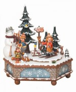 Winterzeit Music Box Original HUBRIG Wooden Figuren