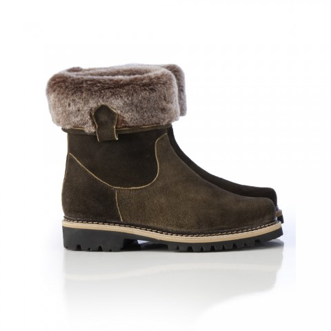 TEMPORARILY OUT OF STOCK - Dirndl + Bua Fur Cuff Boots