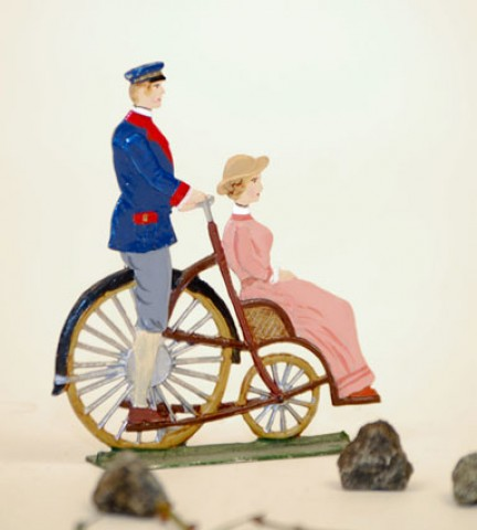 Berliner Taxi 1895' Standing Pewter BABETTE SCHWEIZER
